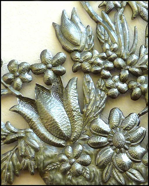 Hantian metal art floral wall hanging